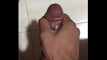 mixed race nice dick solo wank