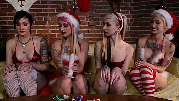 angel joanna and her lesbo group eager to fuck