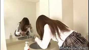 japanese girl squirt with a misterious.
