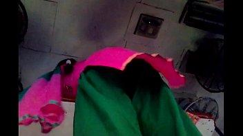 salwar upskirt in train