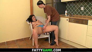 young dude fucks fat-ass girlfriend