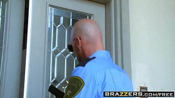 brazzers - (abigail mac, johnny sins) - a.