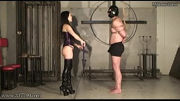 mistress saran petite japanese femdom whipping