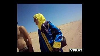 couple maroc a la plage