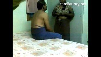 tamil aunty handjob in a massage parlour,unlimited aunty.