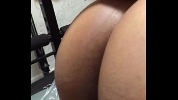huge ass bhabhi gets fucked in the gym.