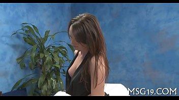 masseuse enjoys dick insertion