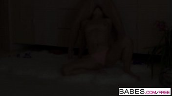 Babes - Another Taste starring Niki Lee Young and Alyssa Reece clip