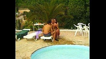 lycos/manseflycos - pool party - scene.