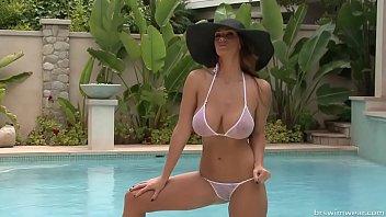 alison tyler - micro bikini photo.