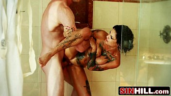 amazing shower sex with tattooed bonnie.