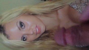 geile blondine ist sex und schwanzs&uuml_chtig -horny blonde.