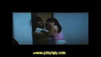 riya sen kiss hot scene love.