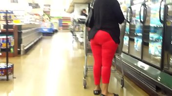 matured lady with tight pants sexy.