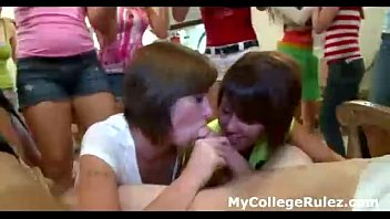 college hotties suck lucky guys cocks at sex party