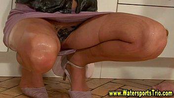 bj whores piss fetish soaking