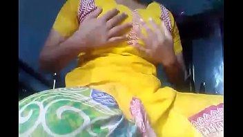bd vabi showing &amp_ pressing her.
