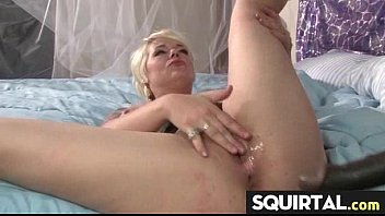 a very sexy squirt queen 22