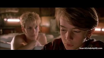 jamie lee curtis in mother&#039_s boys.