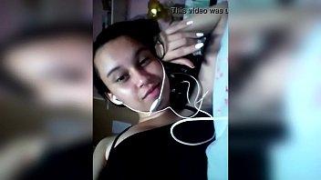 amanda cristine mostrando os peitos  facebook dela corneey.com/qviiid