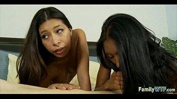 mother teaching daughter 321