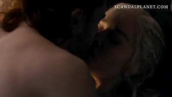 emilia clarke nude sex scene in &#039_game of.