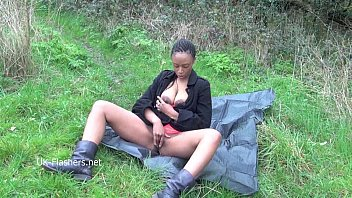 ebony babe michelles public flashing and black cuties.