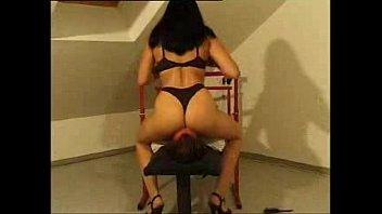 mistress polonged facesitting