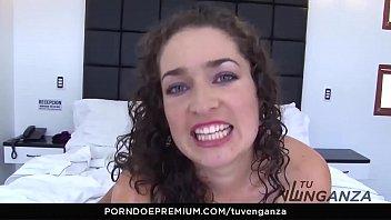 tu venganza &ndash_ sultry latina chick gets cum.