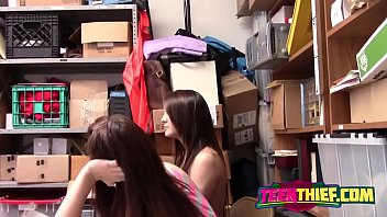 young thieves jojo kiss and rylee renee getting.