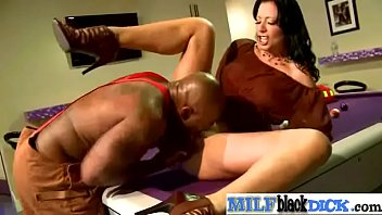 (zoey holloway) hot sexy milf ride huge black.