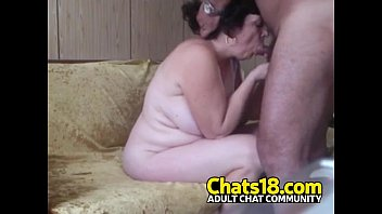 amateur homemade mature woman sucking and fucking small cock