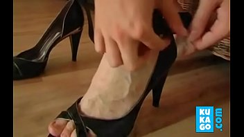 cum on german housewife shoe