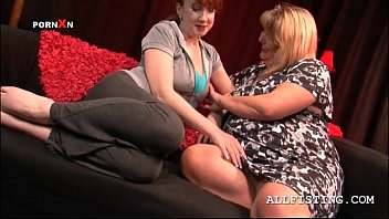 sexy bbw mature lesbos making out.