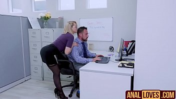 zoey monroe in anal on office.