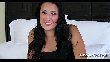 sexy teen pussy streched jennifer linda.