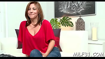 babe can'_t live without getting her pussy played.