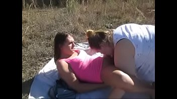 girls cum swap with sadee outside after anal.