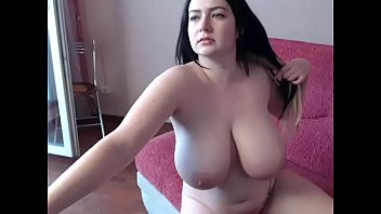 amateur busty webcam girl sophia