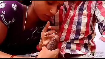 desi telugu bhabhi daring blowjob in beach sucking.