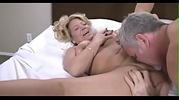 crazyamateurgirls.com - phat ass, white trash granny! - crazyamateurgirls.com