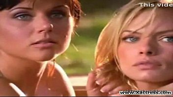 jaime pressly and tiffani amber thiessen