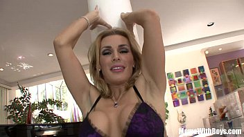 blonde sexy mom tanya tate fucking her best.