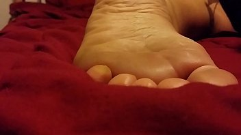 cum on my gf sleeping feet.