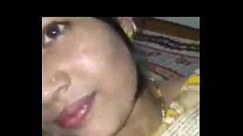 indian hot beautiful newly married girlfriend allow her.