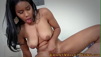 amateur black slut sucks