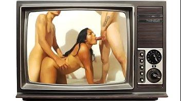 threesome having anal sex now at 777hotwebcam.com -.