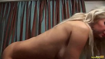 hot busty blonde oils up &amp_.