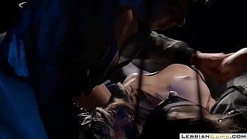 lesbiancums.com ⇨ naughty babes facesitting lesbian.
