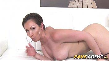 big tits australian wants model job - yasmin scott